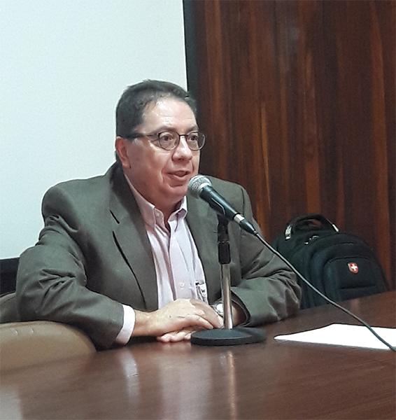 Conferências breves, com Flávio Ulhoa Coelho