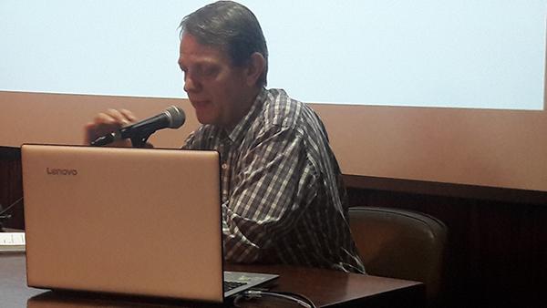 Conferências breves, com André Singer